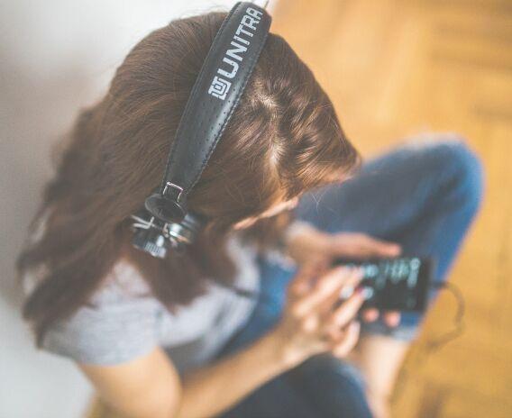 洋楽を聴いて英語を学習しよう:海外アーティスト10選